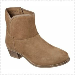 NIB Schechers Feathers Ankle Boot Tan 8.5